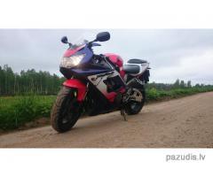 Nozagts Motocikls Honda CBR 900